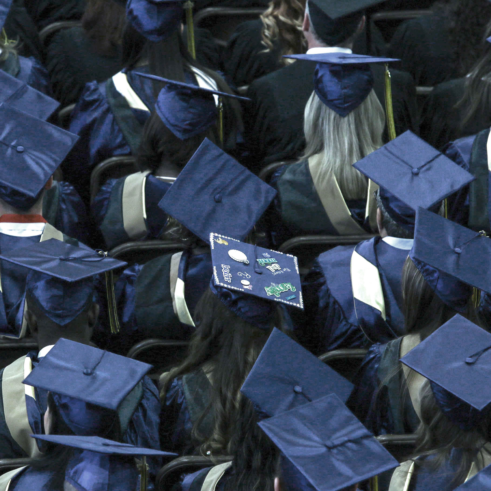 college-helmets-graduationsquare